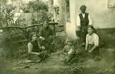 Otroci na borjaču