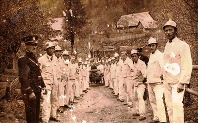 Zbor ob gasilski vaji