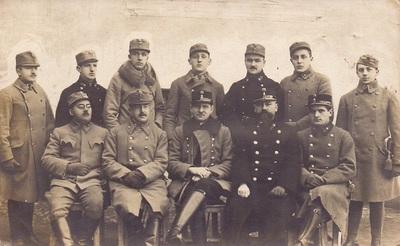 Skupina vojakov avstro-ogrske vojske