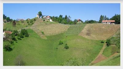 Panoramski pogled na Blažovo kapelo