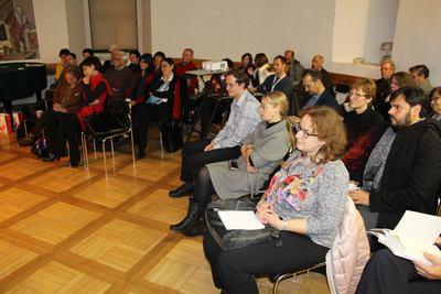Udeleženci simpozija Toporišičeva Obdobja