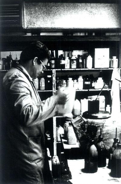 Stanislav Šventner v laboratoriju