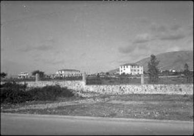Attica, Helleniko. Miss Mill's school