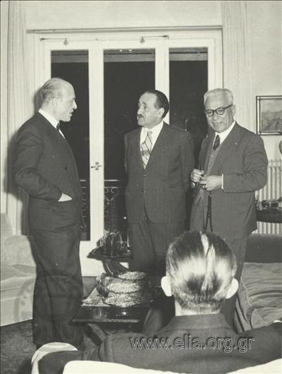 Γενιά του '30: Θ. Πετσάλης, Ηλίας Βενέζης, Κοσμάς Πολίτης.