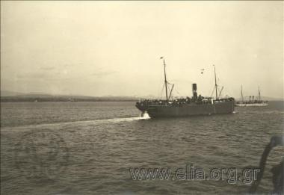 15 Νοεμβρίου. Παραπομπή του βουλγαρικού στρατού από τη Θεσσαλονίκη στην Αλεξανδρούπολη. Το ατμόπλοιο