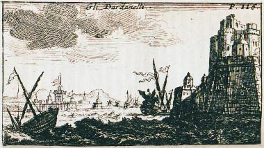 Άποψη των κάστρων Κιλίτ Μπαχίρ (δεξιά) και Σουλτανιγιέ (αριστερά) στην ευρωπαϊκή και ασιατική ακτή των Δαρδανελίων αντιστοίχως.