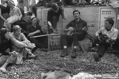 The Cavemen Skiffle Band