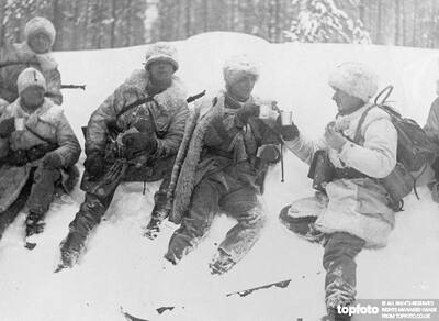 Soldiers in furs ._x000D_ Swedish army