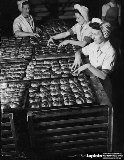 Girl workers at the Cadby