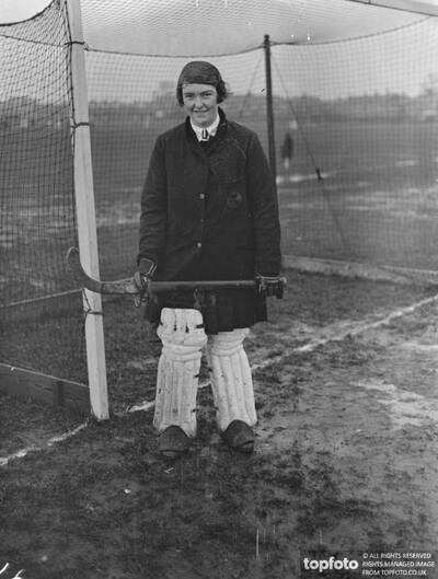 Women ' s Hockey at Merton Abbey