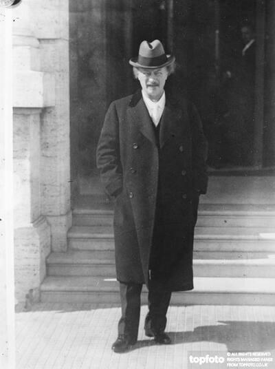 M Paderewski