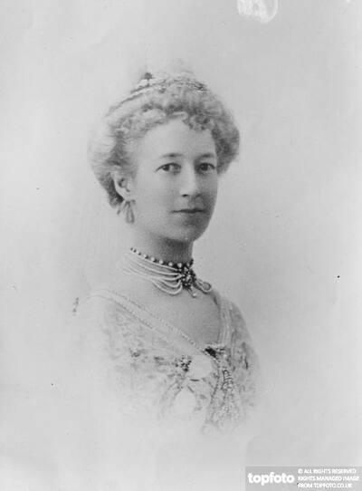 Lady Waring 1922