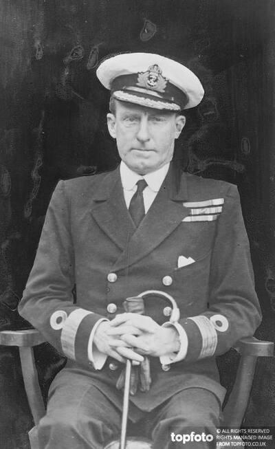 Commodore W H Boyle