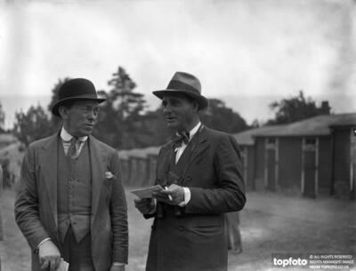Mr Henry Edwards , (