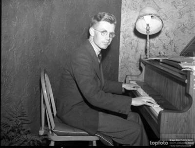 Ivor Keys , the 17