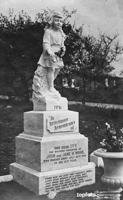 Striking Monument Erected To Ivy