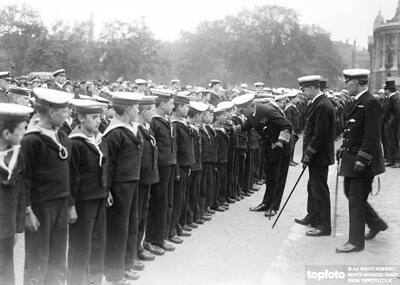 Sir Eric Geddes inspecting the
