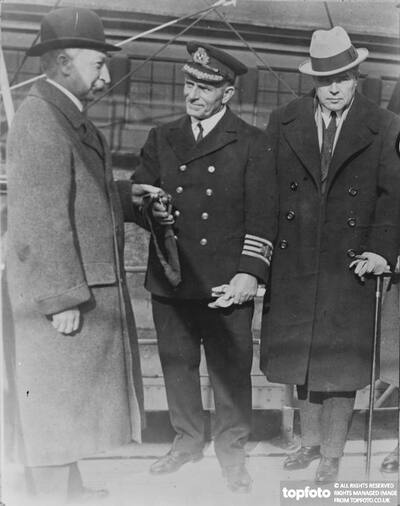 Commander of Canadian Pacific liner
