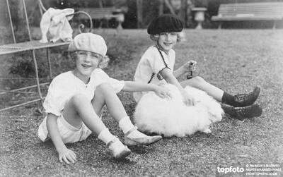 Archduchess Elizabeth Charlotte ( left