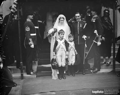 Wedding_x000D_ Mr G Lloyd Verny and