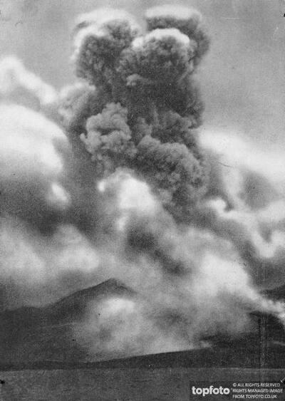 Martinique ._x000D_ Mont Pelee erupting ._x000D_ September