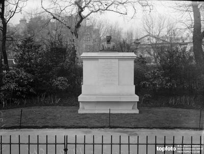 Hambledon Memorial ._x000D_ William Frederick Danvers