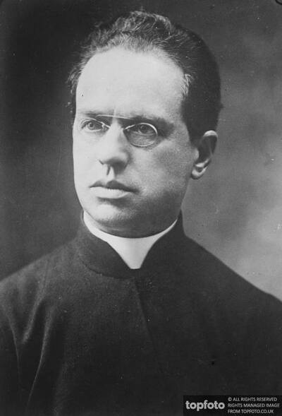 Jesuit director of the Pope