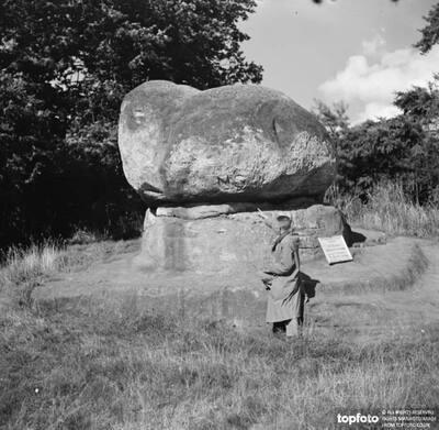 The Chiding Stone in Chiddingstone