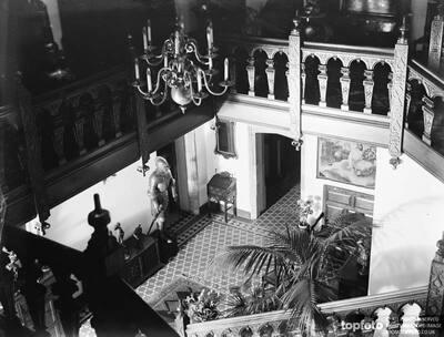 The interior of the Wheeler