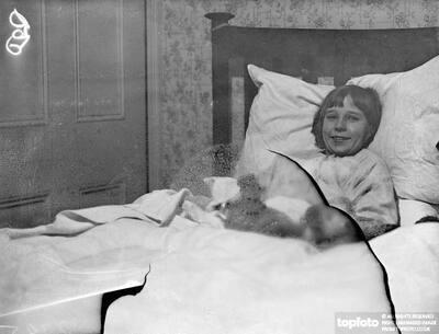 London girl locked in bed