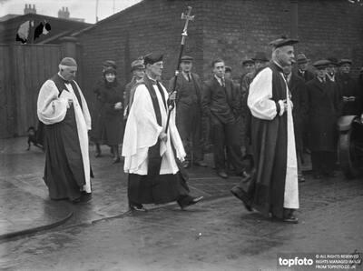 Archbishop of Canterbury lays corner