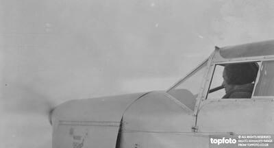 Jean Batten first airwoman to