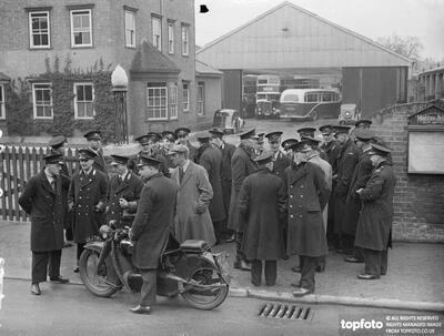 Maidstone strikers 'blockade' depot in