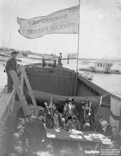 Using the flag draped hull