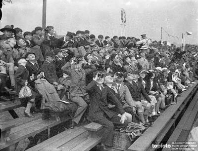 'Children's day'at Hendon._x000D_ Thousands see RAF